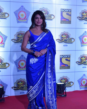 Priyanka Chopra - Photos: Celebs At Umang Police Festival At Jio World Centre | Picture 1716075