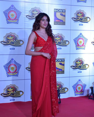 Janhvi Kapoor - Photos: Celebs At Umang Police Festival At Jio World Centre | Picture 1716095
