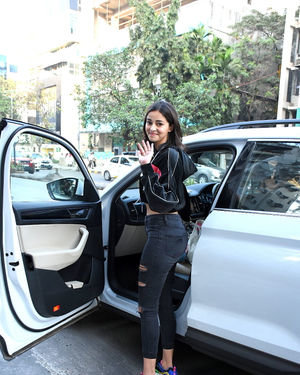 Ananya Pandey - Photos: Celebs Spotted At Santacruz | Picture 1716069