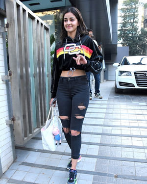 Ananya Pandey - Photos: Celebs Spotted At Santacruz | Picture 1716066