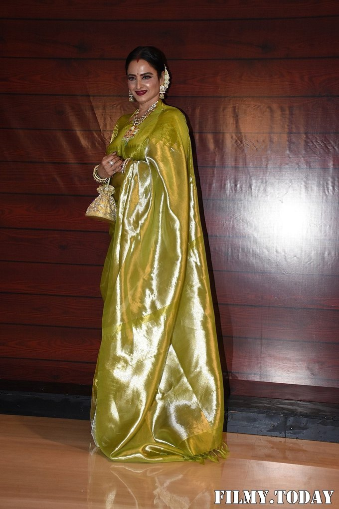 Rekha - Photos: Javed Akhtar Birthday Party At Taj Lands End   Picture 1716056