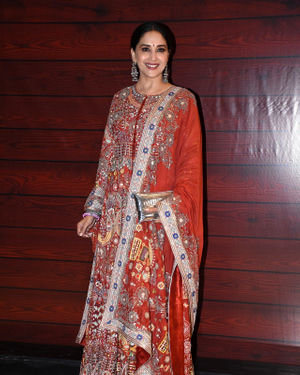 Madhuri Dixit - Photos: Javed Akhtar Birthday Party At Taj Lands End | Picture 1716015