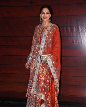 Madhuri Dixit - Photos: Javed Akhtar Birthday Party At Taj Lands End | Picture 1716016