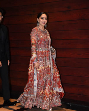 Madhuri Dixit - Photos: Javed Akhtar Birthday Party At Taj Lands End | Picture 1716011