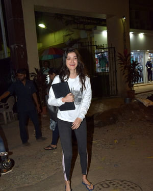 Shanaya Kapoor - Photos: Celebs Spotted At Juhu   Picture 1716398