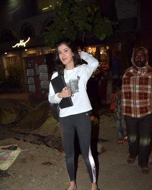 Shanaya Kapoor - Photos: Celebs Spotted At Juhu   Picture 1716401