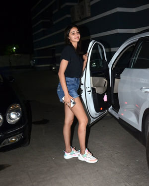 Photos: Ananya Pandey Spotted At Sanjay Kapoor House | Picture 1716414