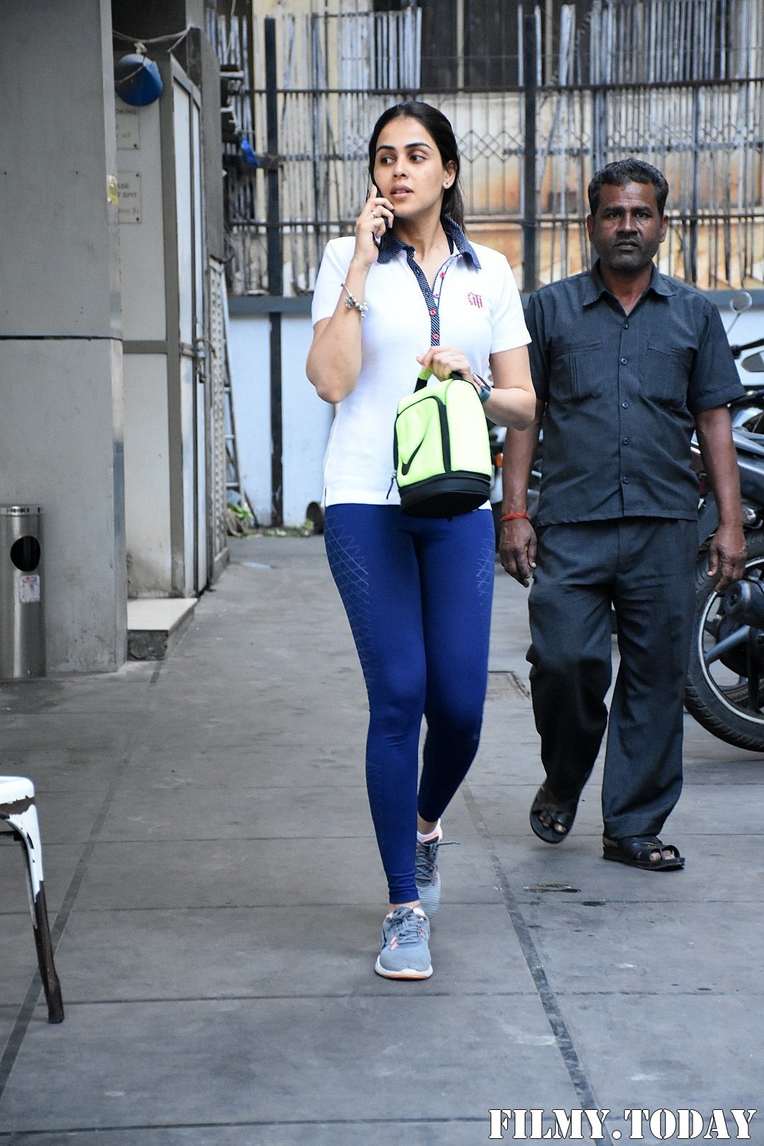 Genelia D Souza - Photos: Celebs Spotted At Gym In Bandra | Picture 1716523