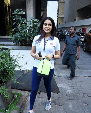 Genelia D Souza - Photos: Celebs Spotted At Gym In Bandra | Picture 1716528