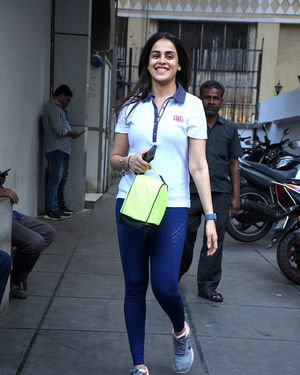 Genelia D Souza - Photos: Celebs Spotted At Gym In Bandra | Picture 1716525