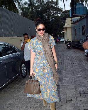 Kareena Kapoor - Photos: Celebs Spotted At Pvr Juhu