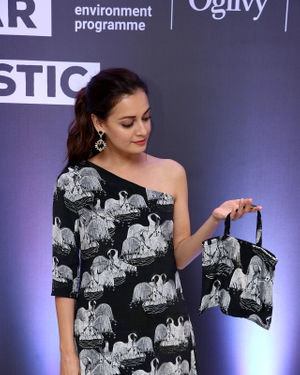 Photos: Dia Mirza At The Unveiling Of Masaba Gupta Latest Collection #iwillwearourplstic | Picture 1716605