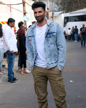 Aditya Roy Kapur - Photos: Malang Star Cast On The Sets Of Kapil Sharma's Show | Picture 1716584