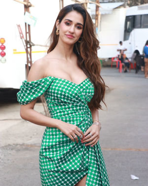 Disha Patani - Photos: Malang Star Cast On The Sets Of Kapil Sharma's Show | Picture 1716595