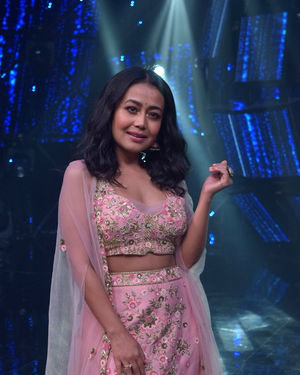 Neha Kakkar - Photos: Promotion Of Film Malang On The Sets Of Indian Idol | Picture 1716473