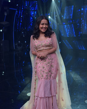 Neha Kakkar - Photos: Promotion Of Film Malang On The Sets Of Indian Idol | Picture 1716475