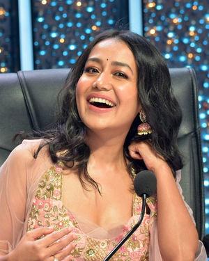 Neha Kakkar - Photos: Promotion Of Film Malang On The Sets Of Indian Idol