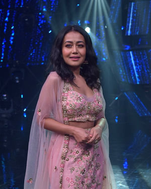 Neha Kakkar - Photos: Promotion Of Film Malang On The Sets Of Indian Idol | Picture 1716474