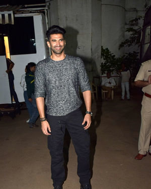 Aditya Roy Kapur - Photos: Promotion Of Film Malang On The Sets Of Indian Idol | Picture 1716451