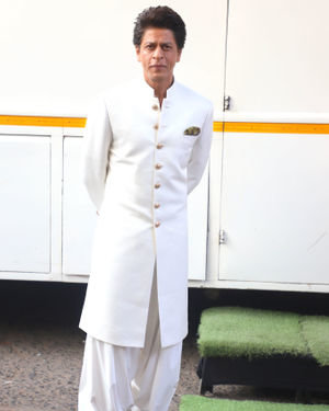 Photos: Shahrukh Khan On The Sets Of Dance Plus 5 | Picture 1716438