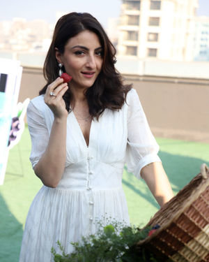 Photos: Soha Ali Khan At The Launch Of New Haircare Brand INESSENCE | Picture 1716445
