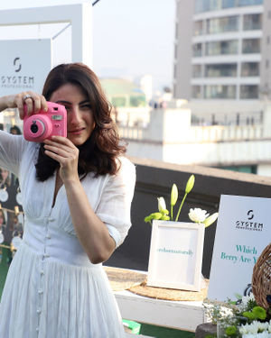 Photos: Soha Ali Khan At The Launch Of New Haircare Brand INESSENCE | Picture 1716443