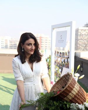 Photos: Soha Ali Khan At The Launch Of New Haircare Brand INESSENCE | Picture 1716442