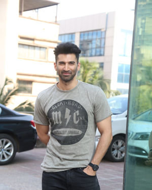 Aditya Roy Kapur - Photos: Promotion Of Film Malang At Luv Films Office