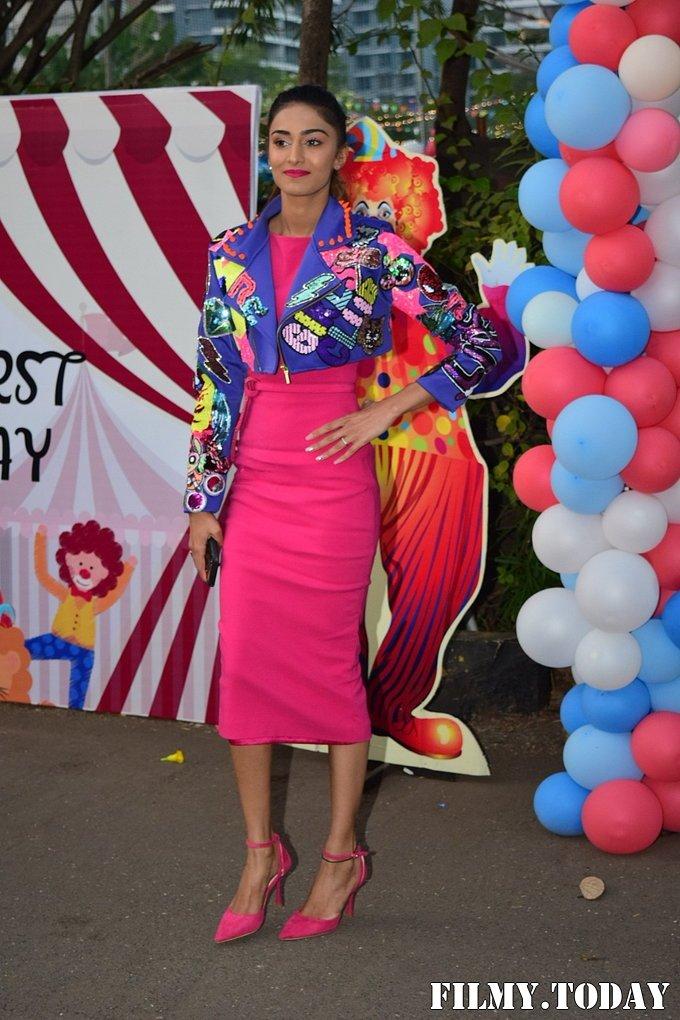 Erika Fernandez - Photos: Birthday Party Of Ekta Kapoor's Son Ravie At Juhu   Picture 1717599