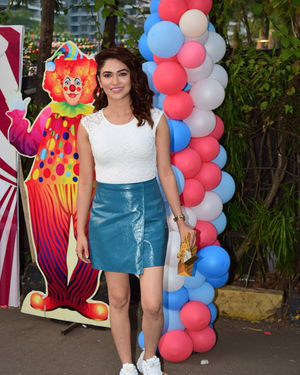 Ridhima Pandit - Photos: Birthday Party Of Ekta Kapoor's Son Ravie At Juhu | Picture 1717596