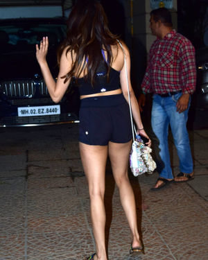 Janhvi Kapoor - Photos: Celebs Spotted At Juhu | Picture 1717559
