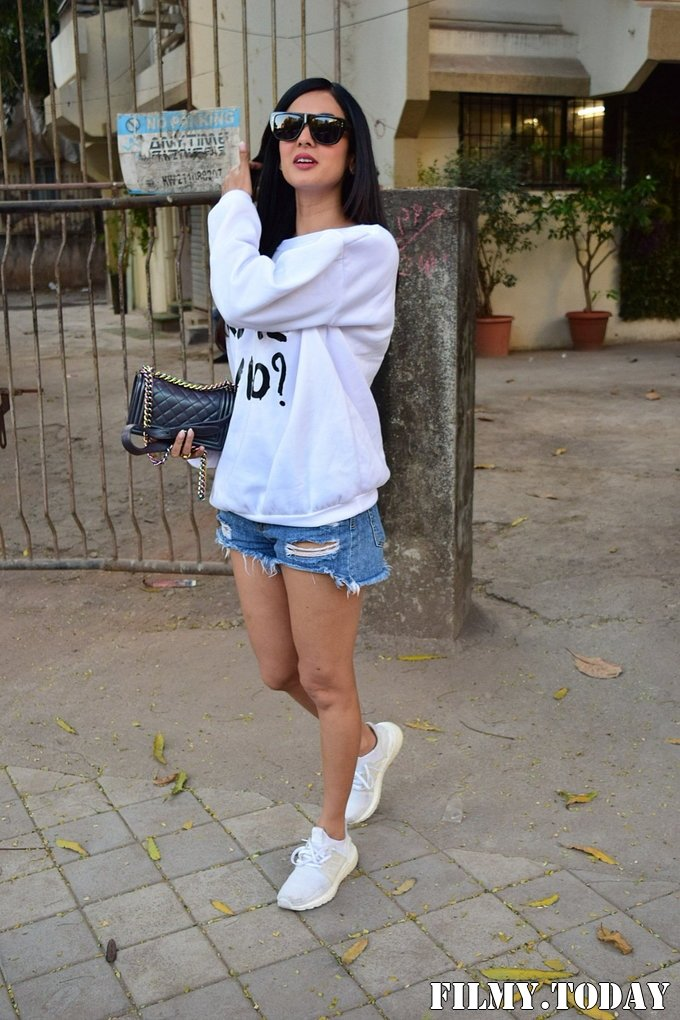 Sonal Chauhan - Photos: Celebs Spotted At Kromakay Salon In Juhu   Picture 1717894