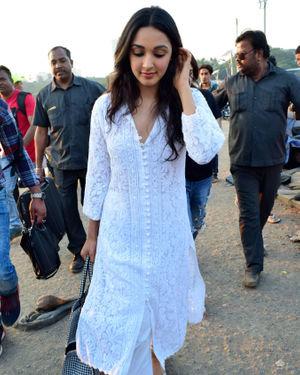 Kiara Advani - Photos: Celebs Spotted At Versova | Picture 1717847