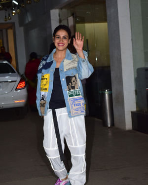 Genelia D Souza - Photos: Screening Of Film Jawani Jaaneman At Sunny Sound | Picture 1717835