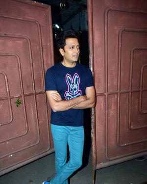 Ritesh Deshmukh - Photos: Screening Of Film Jawani Jaaneman At Sunny Sound | Picture 1717827