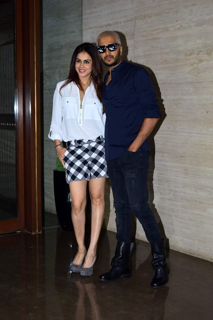 Photos: Coolie No 1 Wrap Up Party At Jackky Bhagnani's House | Picture 1724253