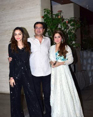 Photos: Coolie No 1 Wrap Up Party At Jackky Bhagnani's House | Picture 1724260