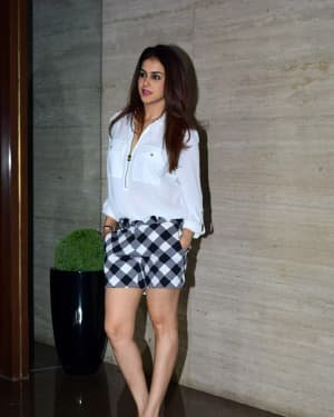 Genelia D Souza - Photos: Coolie No 1 Wrap Up Party At Jackky Bhagnani's House | Picture 1724254