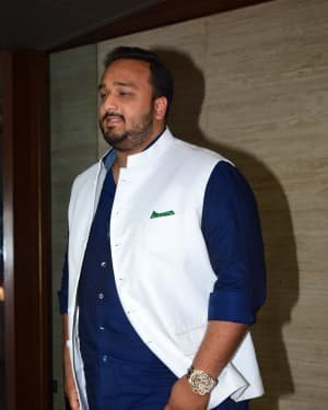 Photos: Coolie No 1 Wrap Up Party At Jackky Bhagnani's House | Picture 1724259