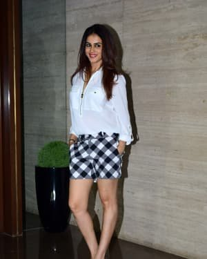 Genelia D Souza - Photos: Coolie No 1 Wrap Up Party At Jackky Bhagnani's House | Picture 1724255