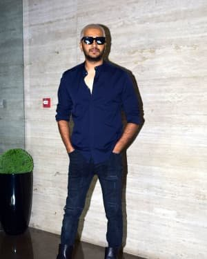 Photos: Coolie No 1 Wrap Up Party At Jackky Bhagnani's House | Picture 1724258