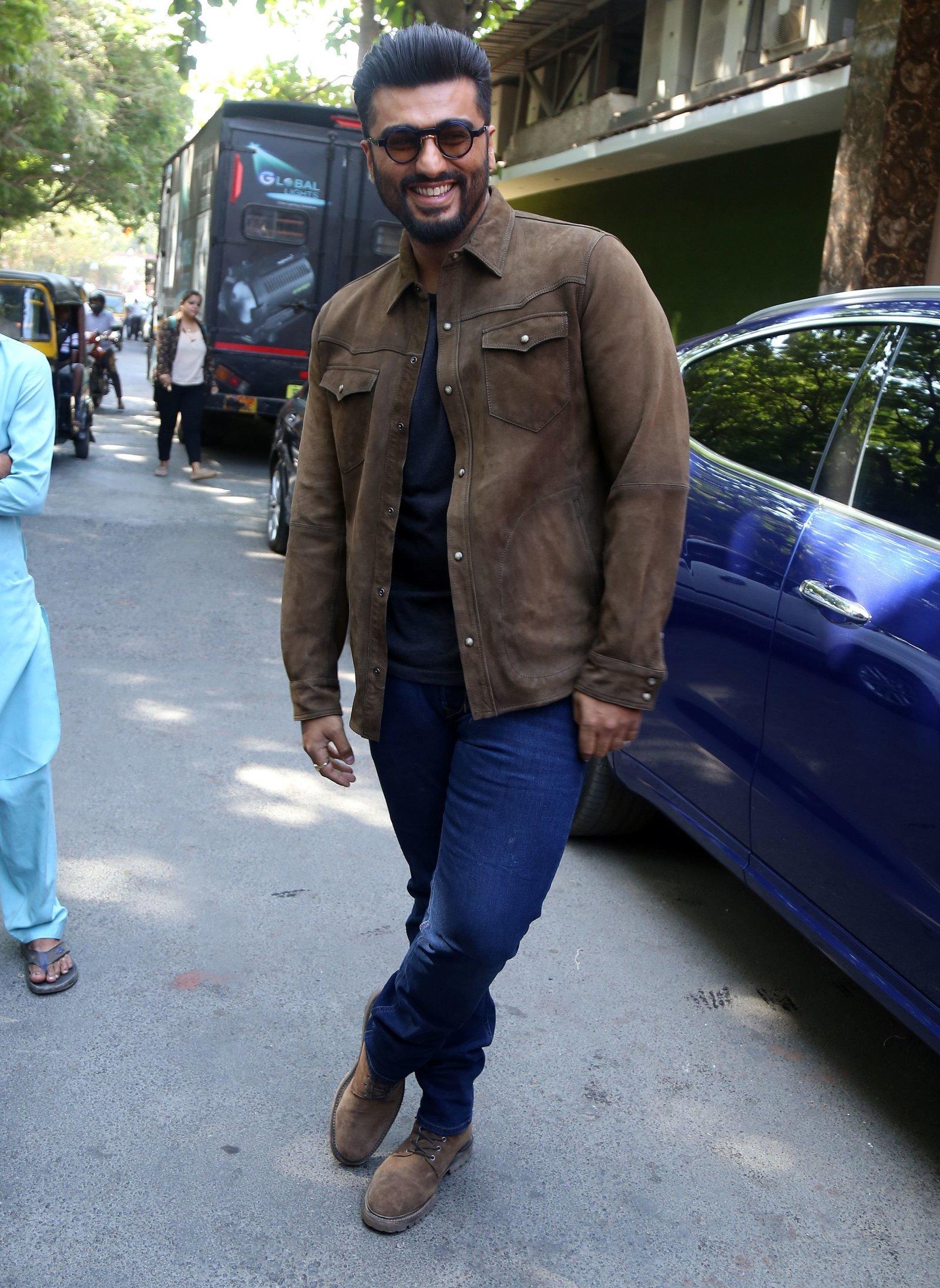 Arjun Kapoor - Photos: Promotion Of Film Sandeep Aur Pinky Faraar At Andheri | Picture 1725802