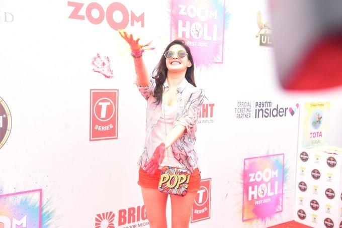 Amyra Dastur - Photos: Zoom Holi Party 2020 At Taj Lands End | Picture 1725809