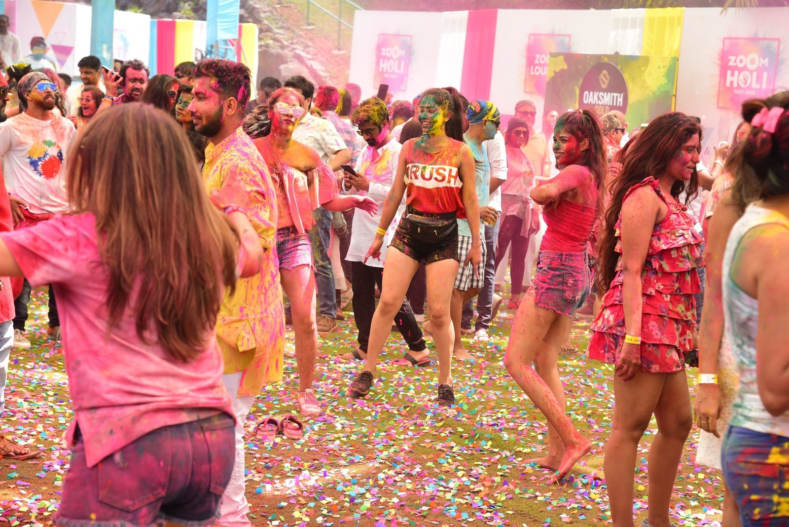 Photos: Zoom Holi Party 2020 At Taj Lands End | Picture 1725816