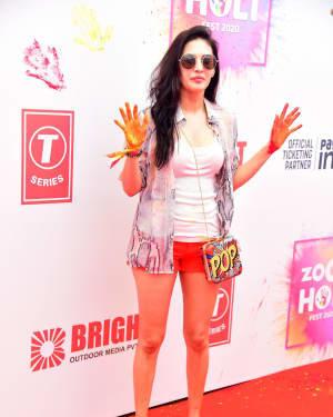 Amyra Dastur - Photos: Zoom Holi Party 2020 At Taj Lands End | Picture 1725807
