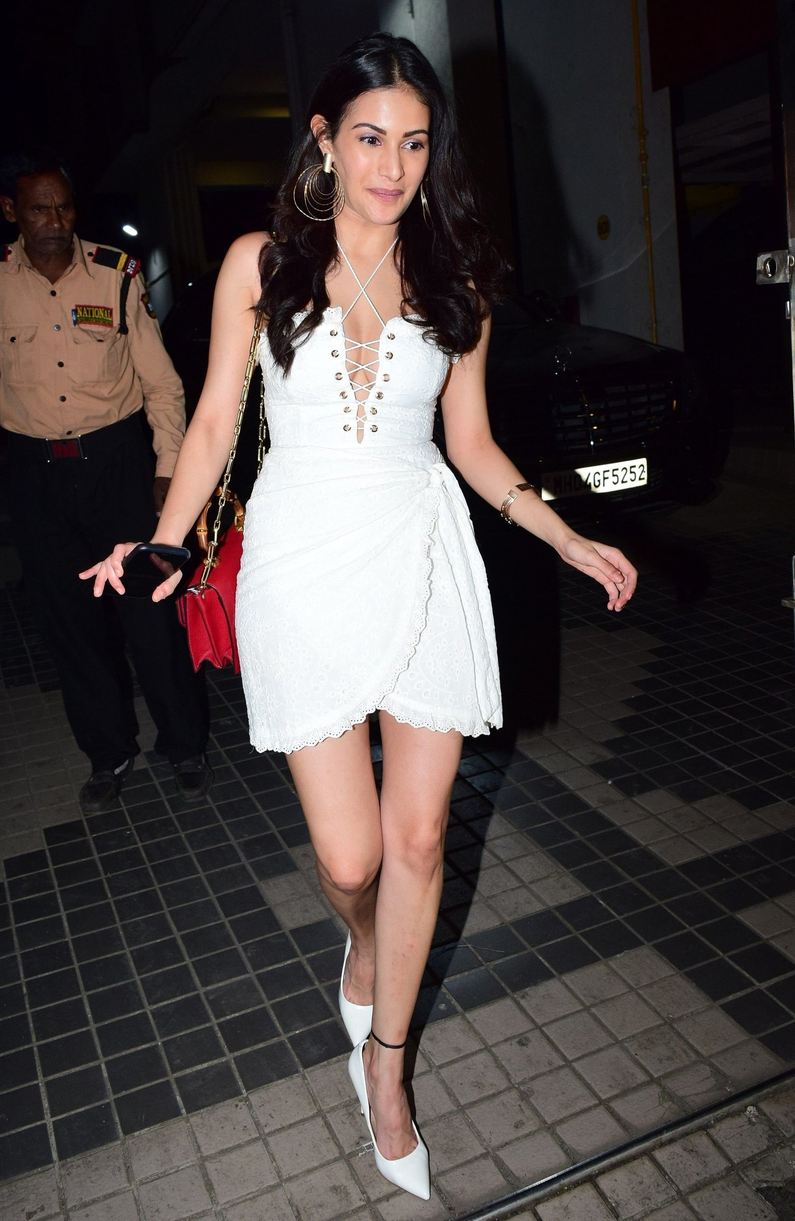 Amyra Dastur - Photos: Celebs At Bunty Sajdeh Party | Picture 1726575