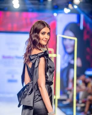 Photos: Karishma Tanna Walks Ramp At Bombay Times Fashion Week 2020 | Picture 1726698