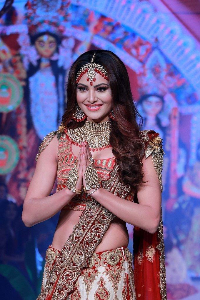Photos: Urvashi Rautela Walks Ramp At Bombay Times Fashion Week 2020 | Picture 1726606