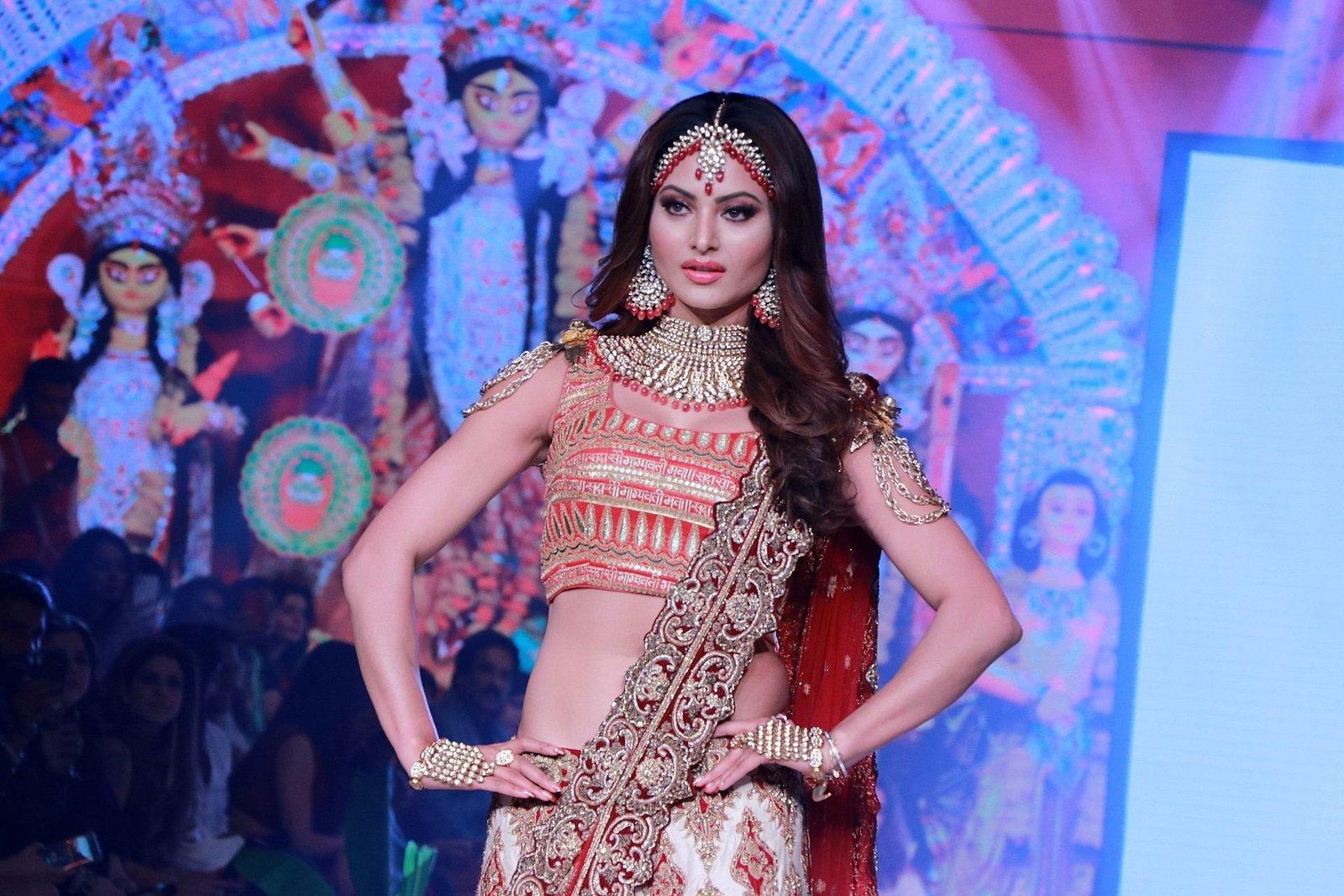 Photos: Urvashi Rautela Walks Ramp At Bombay Times Fashion Week 2020 | Picture 1726605