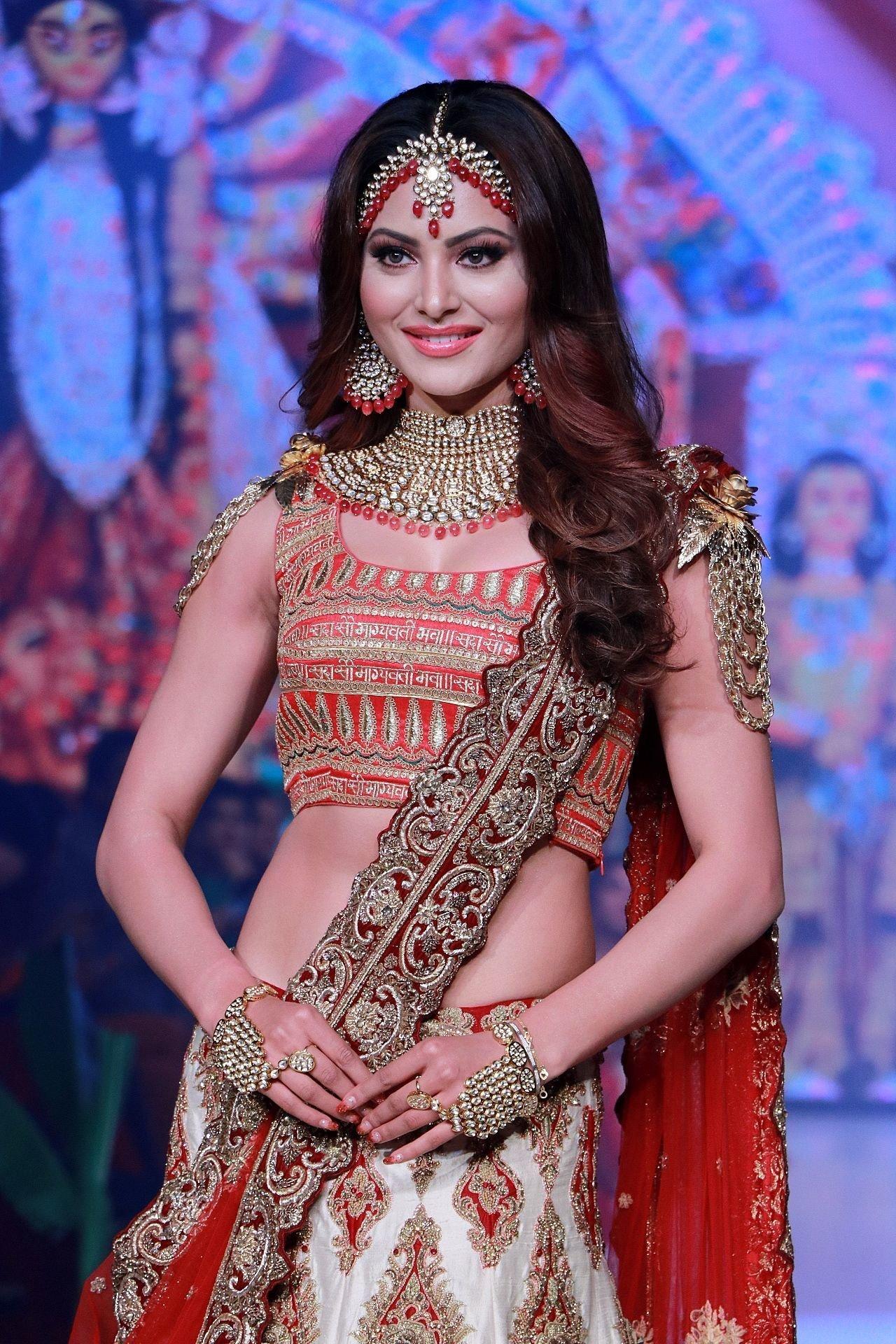 Photos: Urvashi Rautela Walks Ramp At Bombay Times Fashion Week 2020 | Picture 1726610